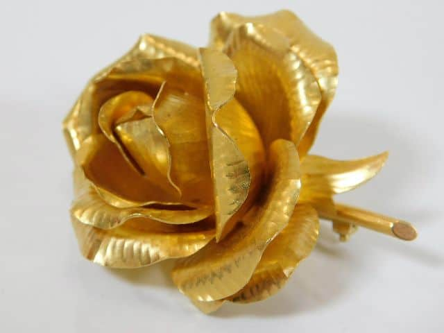Vintage 18ct gold Cartier rose £3000-4000