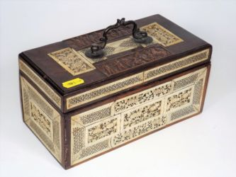 A 19thC. tea caddy £300