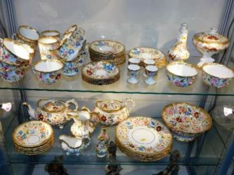 A quantity of Hammersley porcelain sold £1800