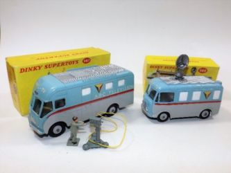 Boxed Dinky toys sold £230