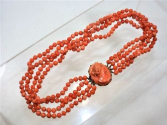 c.1900 coral necklace sold £360